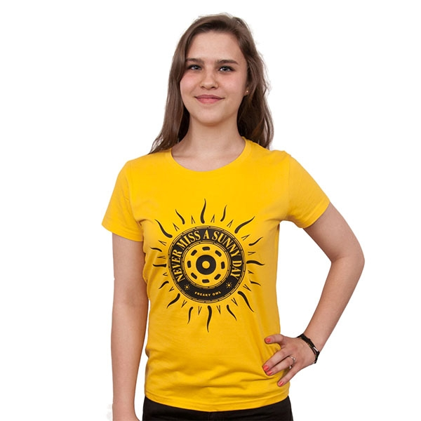 freaky-owl-never-miss-a-sunny-day-women-t-shirt-yellow-ebf149af52e9fe4697055fe0fb2d8895